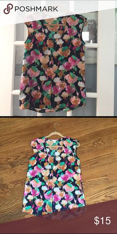 j crew floral sleeveless blouse Loose fitting J Crew sleeveless blouse J. Crew Tops Blouses
