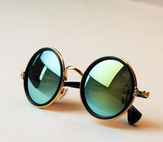 Vintage Round Mirror Lens Sunglasses Women Men Unisex Glasses Fashion New - ~My Accessoires~ - Brille Girl With Sunglasses, Summer Sunglasses, Cheap Ray Ban Sunglasses, Sunglasses Online, Round Sunglasses, Sunglasses Women, Vintage Sunglasses, Steampunk Sunglasses, Sunglasses Outlet