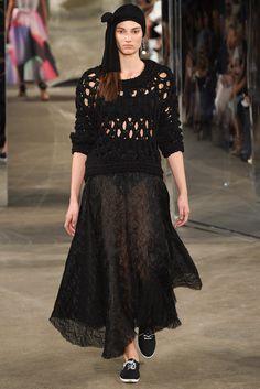 Milly Spring 2015 Ready-to-Wear Fashion Show - Dana Taylor