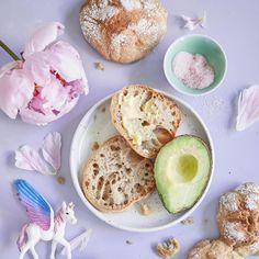 Savoury Baking, Greens Recipe, No Bake Cake, Camembert Cheese, Nom Nom, Muffin, Food And Drink, Dairy, Cupcakes