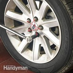 How to change brake pads is simpler than replacing rear disc brakes. If you have experience with basic repair brake pad replacement can be done in 4 hours. Changing Brake Pads, Brakes And Rotors, Brake Pad Replacement, Car Fix, Light Film, Car Hacks, Diy Car, Front Brakes, Car Cleaning
