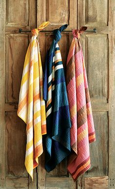 Soft Touch - Homart extends its product lineup with the launch of both throws and rugs this season. Kantha-stitched throws offer a lightweight yet lofted cotton throw, enhancing the graphic appeal of each throw with directional stitching ($150 each). The collection of kilim rugs is handmade by artisans from wool and jute, boasting bold, eye-catching patterns ($80 to $488).