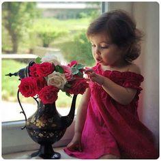 Cute a pretty little Girl !!