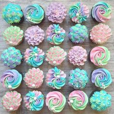 """These mermaid cupcakes are SO pretty and perfect for summer! Click """"make it"""" to see how we made our cute mermaid tail cupcake toppers! Cupcakes Design, Fun Cupcakes, Cupcake Cookies, Cake Designs, Pastel Cupcakes, Spring Cupcakes, Cupcake Toppers, Mermaid Theme Birthday, Girl Birthday Cupcakes"""