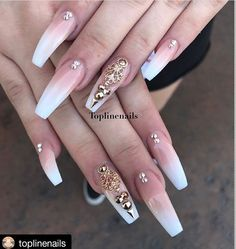 french ombre coffin nails with gold designs Aycrlic Nails, Bling Nails, Stiletto Nails, Coffin Nails, Creative Nail Designs, Creative Nails, Elegant Nails, Stylish Nails, Gorgeous Nails