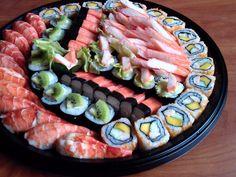 Mixed Sushi of La Familia Sizzlers & Restaurant Foods To Eat, Sushi, Soups, Restaurant, Cakes, Drinks, Ethnic Recipes, Salmon Sashimi, Japanese Food