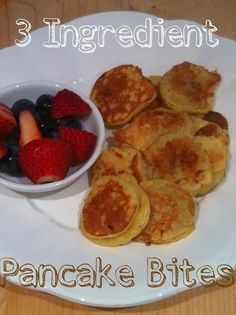 Chaos and the Kitchen: Toddler Recipe: Easy and Healthy 3 Ingredient Pancake Bites. Super quick and easy - win! Baby Food Recipes, Cooking Recipes, Toddler Recipes, Kid Recipes, 3 Ingredient Pancakes, Pancake Bites, Healthy Snacks, Healthy Recipes, Healthy Kids