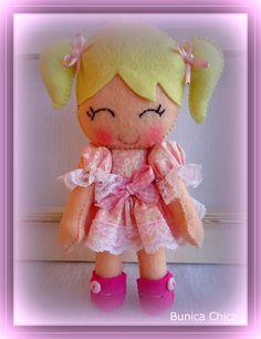Bonequinha que fiz para minha filha!! Molde Erica Catarina!!