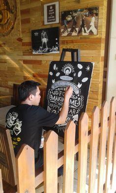 hand lettering blackboard @steffart #calkblackboard #lettering #coffeeart #artworck