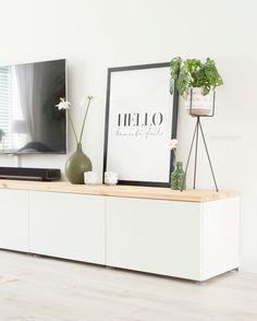 Ikea besta kastjes met houten blad van bouwmarkt