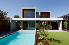 Brighton House by InForm