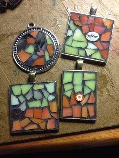 Mosaic pendants by HorizonteCreativo on Etsy