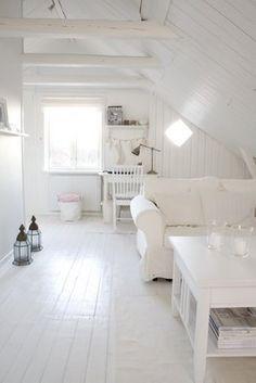 Pretty #white room.  I adore the painted white floors.