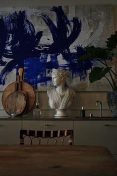 Ett drömhem i Stockholm (Seventeen doors) Kitchen Gifts, Kitchen Decor, Luxury Interior, Interior And Exterior, Julia's House, Art Of Living, Architectural Digest, Decoration, Seventeen
