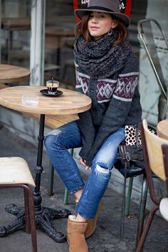 I like the layered knits and scarf, and love the hat. Looks great with jeans - just not ripped, please. And leave the uggs out.