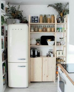 9 Centered Tips AND Tricks: Minimalist Decor Kitchen Small Spaces minimalist home bedroom simple.Minimalist Interior Home Modern minimalist kitchen lighting stools.Minimalist Home Tour Decor. Small Modern Kitchens, Home Kitchens, Kitchen Small, Kitchen Pantry, Kitchen Storage, Kitchen Shelves, Organized Kitchen, Pantry Storage, Kitchen White