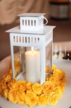 Farol blanco via Cori Cook Floral Design Ikea Flowers, Karen Tran, Image Photography, Getting Married, Lanterns, Floral Design, Centerpieces, Candle Holders, Flower Ideas