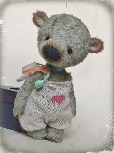 Teddy Bear Patterns Free, Fabric Doll Pattern, Teddy Toys, Fabric Animals, Cute Stuffed Animals, Cute Teddy Bears, Bear Doll, Crochet Bear, Stuffed Animal Patterns