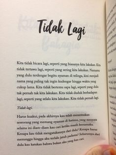 Quotes Rindu, Death Quotes, World Quotes, Quotes From Novels, Daily Quotes, Book Quotes, Life Quotes, Qoutes, Cinta Quotes