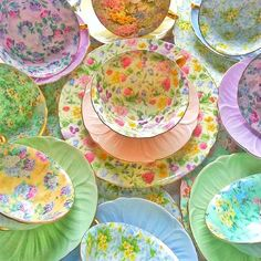 """omgcica: """"omgcica """" by marguerite Vintage China, Vintage Tea, Vintage Soul, Vintage Dishes, Vintage Table, Teapots And Cups, Teacups, China Tea Cups, Rose Tea"""
