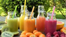 Our website features quick and easy detox recipes for just about everything. Browse through hundreds of free detox water, juice, salad, smoothie and soup recipes now! Juice Cleanse Recipes, Detox Juice Cleanse, Detox Drinks, Diet Recipes, Smoothie Recipes, Juice Cleanses, Detox Juices, Recipes Dinner, Easy Recipes