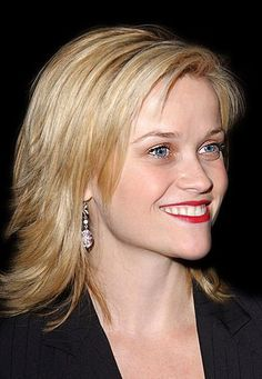 short+hairstyles+that+flip | 041203reesewitherspoon 150x150 Flip Hairstyle For Women