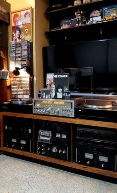 Audio Vintage, Vinyl Record Collection, Vinyl Room, Audio Room, Vinyl Storage, Space Place, Record Players, Hifi Audio, Audiophile