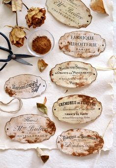 Learn how to make DIY Faux Rusted French Labels using 3 key ingredients . from your kitchen! Printable Labels, Free Printables, Labels Free, How To Make Labels, How To Make Diy, Vintage Tags, Vintage Labels, Vintage Ephemera, House Quilt Patterns