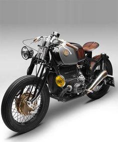 South garage BMW R75/5 nerboruta custom motorcycle.