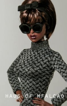 Adele Makeda The Muse. Cute doll, I like her retro hair & her outfit. : )