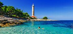 Lys opp: velg et fyrtårn bare for deg selv! Visit Croatia, Voyage Europe, Fish Swimming, Adriatic Sea, Stunning View, Timeline Photos, Homeland, Nice View, Paths