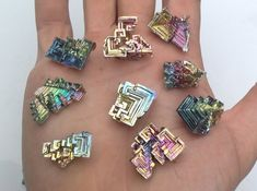 I will select for you one of these bismuth crystals as pictured. They are sturdy, solid, and have a minimal single contact point where they