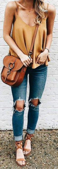 Lovely Summer Outfits Ideas 19