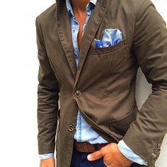 Washed stretch twill blazer, faded indigo shirt, blue chino.  The color of the pocket square is great but the print could be better