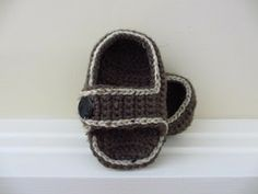 FREE PATTERN: Comfy Toddler Sandals
