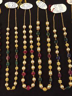 Beaded Jewelry Designs, Gold Earrings Designs, Gold Jewellery Design, Bead Jewellery, Jewelry Patterns, Gold Wedding Jewelry, Gold Jewelry Simple, Emerald Jewelry, Pearl Jewelry