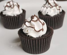 Homemade By Holman: Chocolate Marshmallow Cupcakes