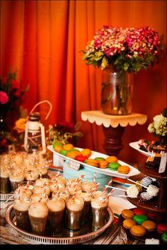 5 Fun Wedding Reception Food & Drink Bar Ideas