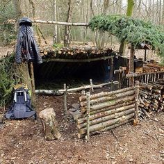 Check out this shelter #hunting #bowhunt #huntinggear #huntingclothes #deerseason #turkeyseason #gunseason #hunter #huntress #shelter
