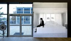 Barbara Visser, Wallpaper. © Gert Jan van Rooij, Museum De Paviljoens