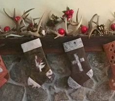 Rustic Christmas Stockings hung from the cabin mantel Christmas Decorations, Holiday Decor, Holiday Ideas, Western Christmas, Rustic Western Decor, Xmas Stockings, Little Gifts, Barbed Wire, Horseshoes