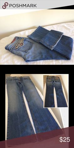 """Low Rise Boot Cut Flying Monkey Jeans Size 3 Low Rise Boot Cut Flying Monkey Jeans Size 3. low rise 6"""", inseam 32"""", leg/hem opening 8-1/2""""..  waist laying flat 28"""", hip 32"""".  98% Cotton and 2% Spandex.  Faded look front and rear legs and behind and all around belt area, also see pictures.  Feathered look at front pockets.  Front pockets have short distress look.  Left leg around leg has minor distress look. Booth Leg/hem areas have nice distress look, Also see pictures. Flying Monkey Jeans…"""
