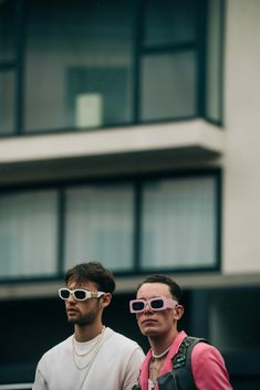 After Hermès | Paris - Adam Katz Sinding Stylish Sunglasses, Mens Sunglasses, Hermes Paris, Pilot, Fashion, Moda, Fashion Styles, Men's Sunglasses, Pilots
