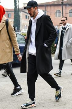 S street style trends men street styles in 2019 о Winter Outfits Men, Stylish Mens Outfits, Casual Outfits, Street Style Trends, Casual Street Style, Street Styles, Mode Masculine, Outfit Hombre Casual, Mode Man