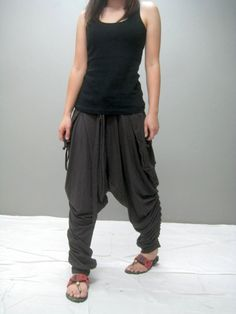 These look interesting too. I like the bunching up of fabric on the lower leg. Cool Outfits, Casual Outfits, Fashion Outfits, Harem Pants Outfit, Drop Crotch Pants, Love Fashion, Fashion Details, Leggings Are Not Pants, Style Me