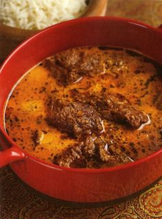Lamb In Green Cardamom Curry Recipe This flavour-packed curry can be made in the oven for an easy weeknight dinner or on the stove for a spicier, deeper-coloured version. Lamb Recipes, Curry Recipes, Meat Recipes, Indian Food Recipes, Asian Recipes, Cooking Recipes, Ethnic Recipes, Recipies, Cookbook Recipes