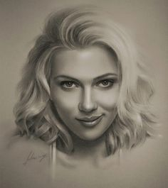 Realistic Drawings Pencil drawing of Scarlett Johansson - Armed with graphite and beige paper, pencil-wielding Polish artist Krzysztof Lukasiewicz portrays famous faces. Here's a step-by-step of his drawing of George Clooney, from initial sketch to … Realistic Pencil Drawings, Amazing Drawings, Easy Drawings, Celebrity Drawings, Celebrity Portraits, Drawings Of Celebrities, Black Celebrities, Hollywood Celebrities, Celebs