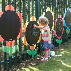 Bright, attractive and weather resistant these colourful chalkboard Daisies will transform dull playground fencing into an exciting and fun area for young children to explore outdoor mark making.