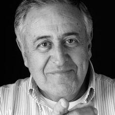 Actor, produtor, realizador perda de um vulto das artes de Portugal :'( R.I.P Nicolau Breyner