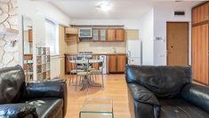 Apartamentul de 2 camere din Baneasa, are un nou pret: 87.500 Euro. E la 2 minute de mers pe jos de Herastrau si poate fi o solutie excelenta de investie. Hai sa-l vezi. #baneasa #herastrau #apartamentbaneasa #apartamentherastrau #apartamentaviatiei Euro, Conference Room, Divider, Table, Furniture, Home Decor, Decoration Home, Room Decor, Tables